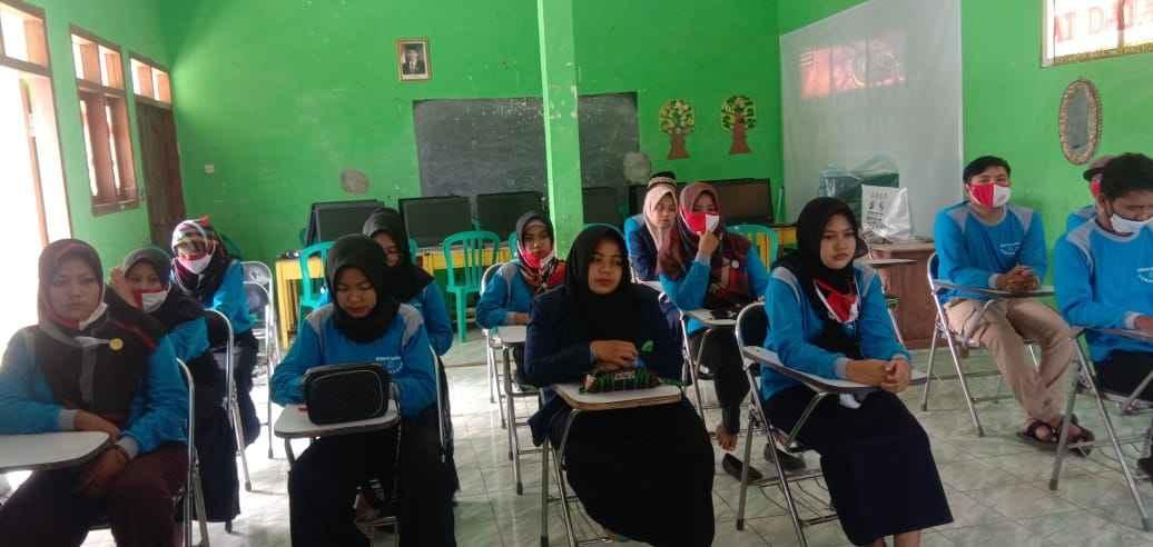 PKBM Bina Bangsa dan Dispendikbud Gelar Pelatihan Bisnis Online